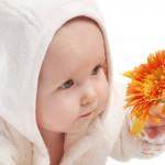 Stimuler les sens chez le bébé 0-6 mois